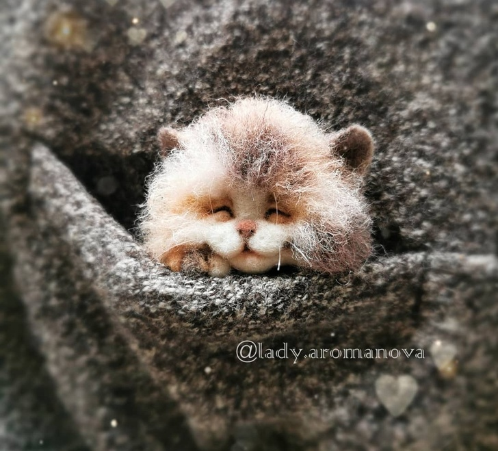 Tiny Animals From Wool - Cute Cats