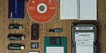 Computer Data Storage Devices